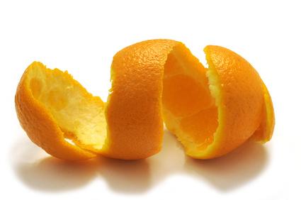 6 modi creativi per riciclare le bucce di arancia
