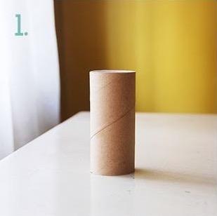 Pacco regalo fai da te con il rotolo di carta igienica