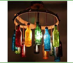 Riciclare le bottiglie di vetro per i lampadari