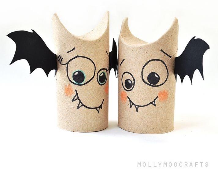 Vampiri di cartone riciclo per Halloween